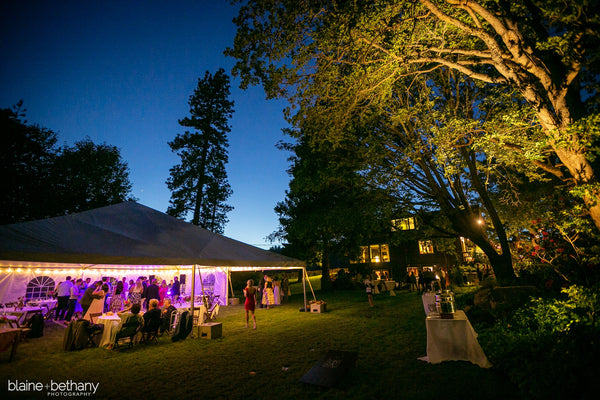 A wedding reception held at The Griffin House in Hood River, OR