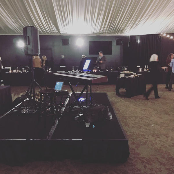 Kit Taylor Piano + DJ @ the Oregon Golf Club