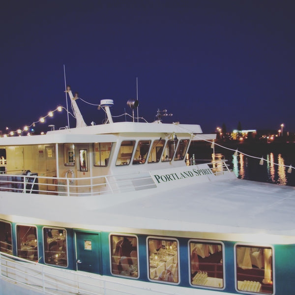Unisource-MFG company party on the Portland Spirit, Portland, OR with Kit Taylor Piano + DJ
