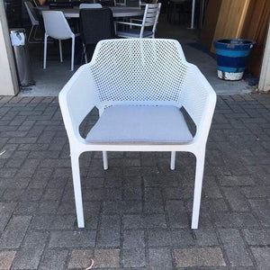 Bailey Outdoor Chair - White with cushion