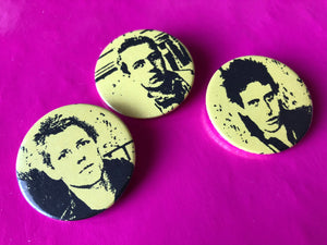 The Clash - Set of 3 Clash metal badges 37mm with 1st LP Artwork