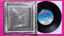 Load image into Gallery viewer, Sex Pistols - Pretty Vacant / No Fun Push Out Centre Pressing