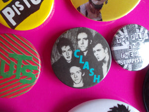 The Clash - Smash Hits badge from 1980