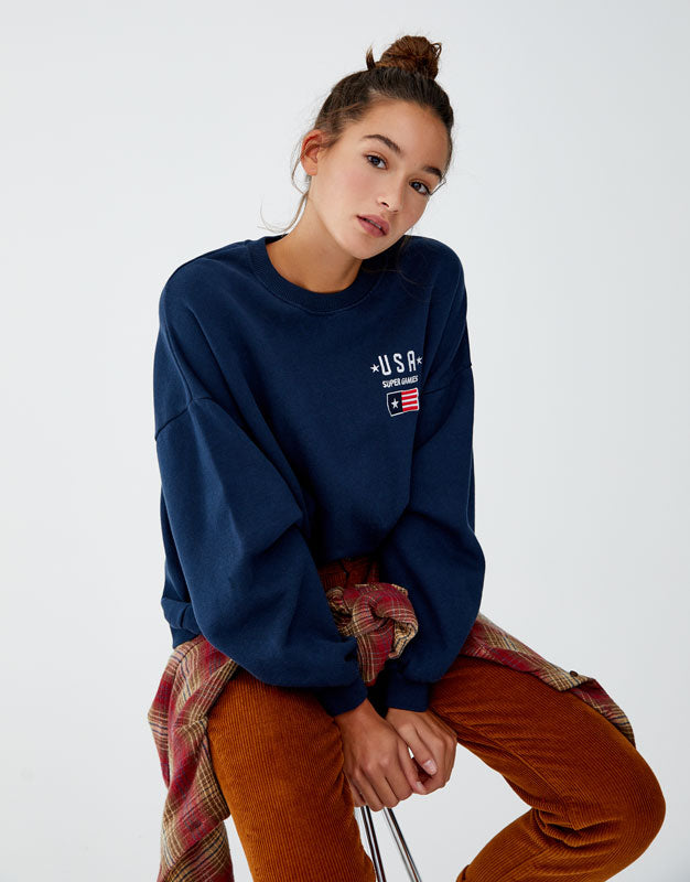 Basic zipped sweatshirt