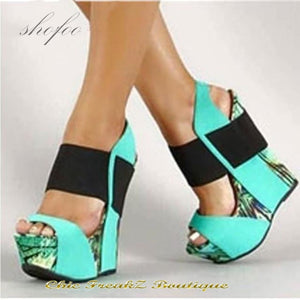Hot! Sweet Multicoloured Faux Leather 15-cm wedge sandals. - Light Green / 11 - Wedge Shoes
