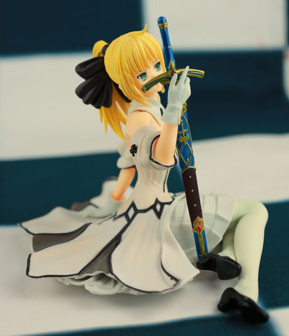 Actionfiguresale 13cm Fate stay Night Saber Lily Figures Toys