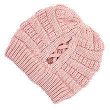 Load image into Gallery viewer, CRISS CROSS RIBBED BEANIE