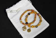 Laden Sie das Bild in den Galerie-Viewer, Lebensbaum-Armband-Gold-Sandstone-Orange