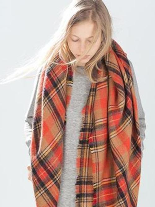 Fashion Warmer Checked Cape Scarf