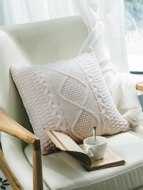 Plaid Textured Knitted Pillow Case