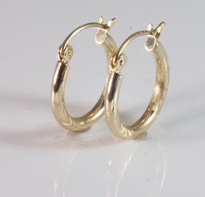 9ct Tubular Earring