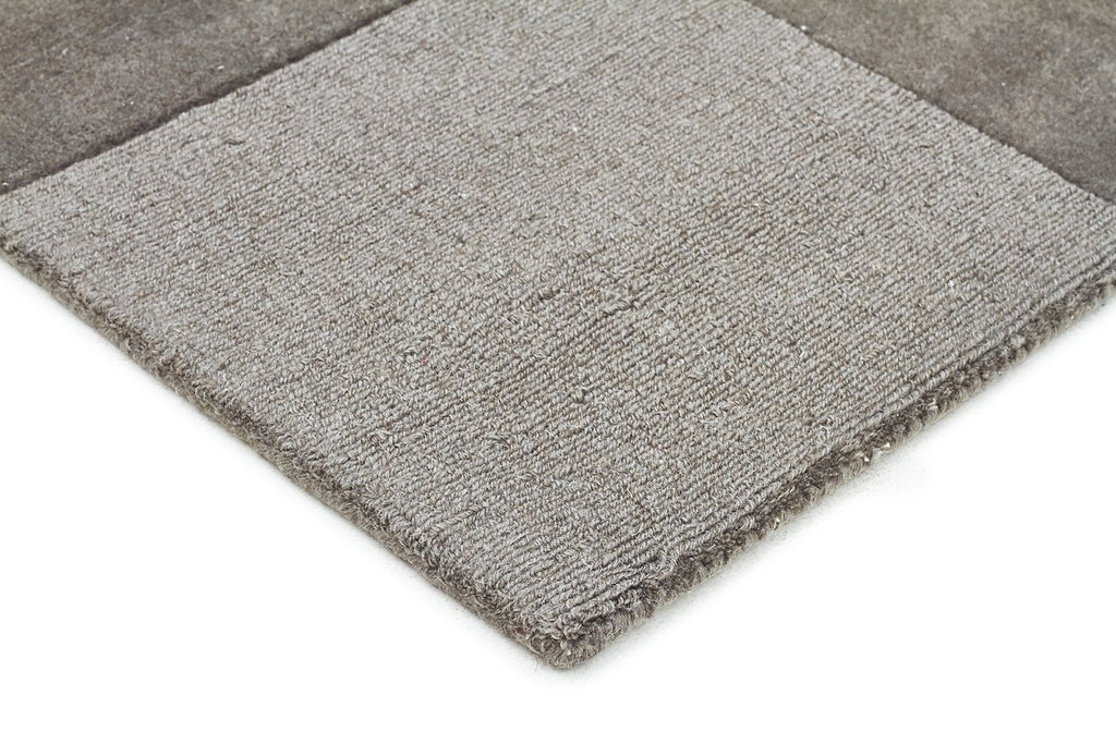 Timeless Boxed Pattern Wool Rug Smoke