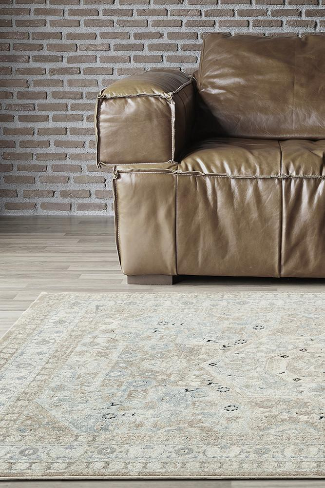 Providence Esquire Central Traditional Beige Rug