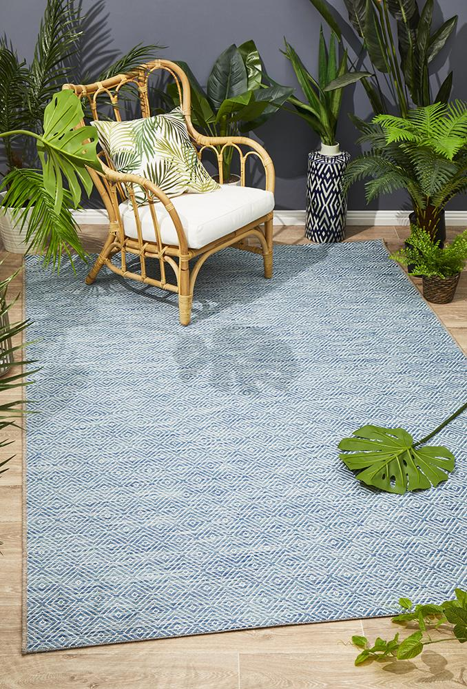 Terrace Clara Diamond Rug Blue