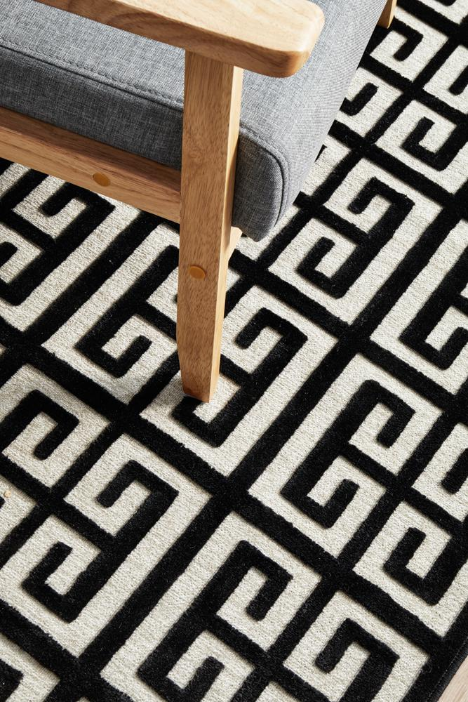 York Brenda Black & Gold Runner Rug