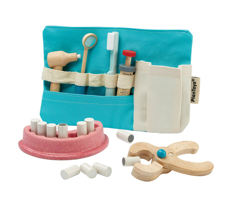 Wooden Dentists Set
