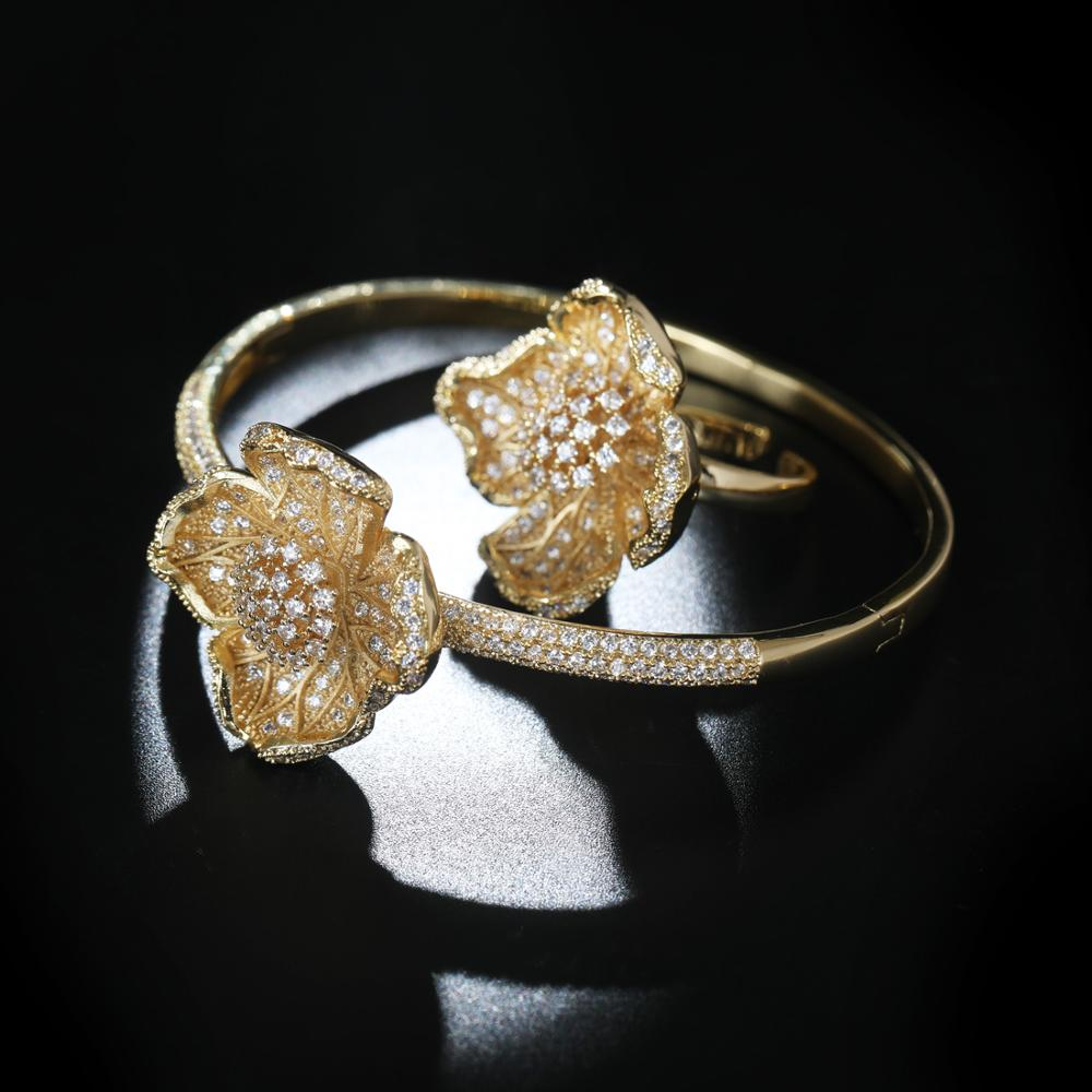 Set of Elegant Flower Bangle & Ring