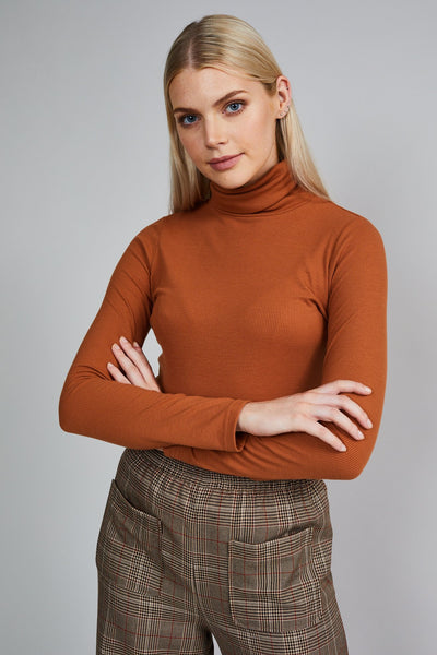 THE RUBY ROLL NECK