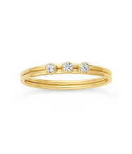 Load image into Gallery viewer, Tres CZ Stacking Ring