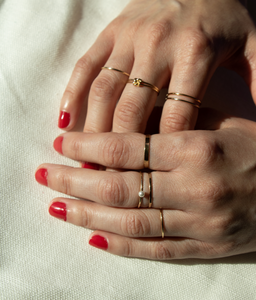 Perlita Stacking Ring
