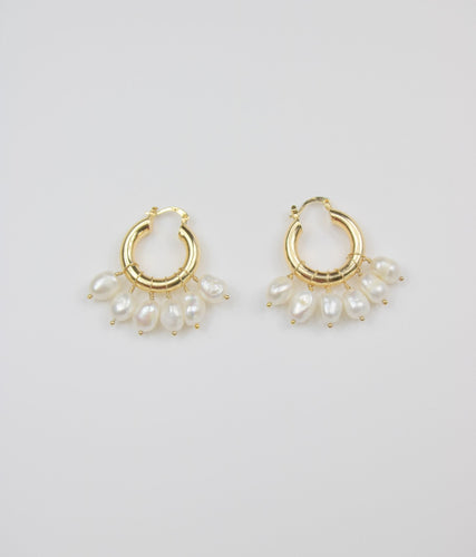 ETERNAL SUMMER PEARL HOOPS