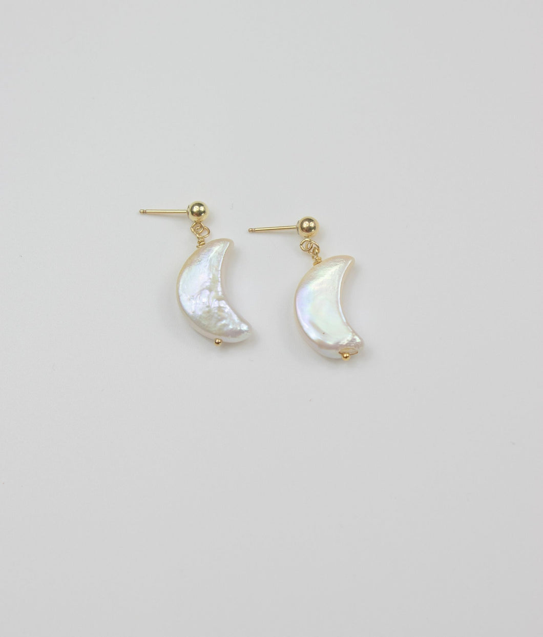 LA LUNA PEARL EARRINGS
