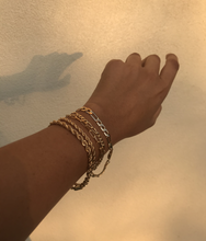 Load image into Gallery viewer, Fuerza Bracelet