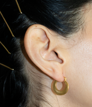 Load image into Gallery viewer, gold filled hoop, gold filled earring