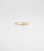 Load image into Gallery viewer, Corazoncito Stacking Ring