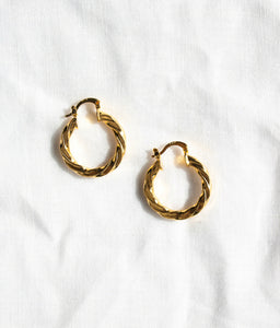 VEINTICINCO TWISTED  HOOPS