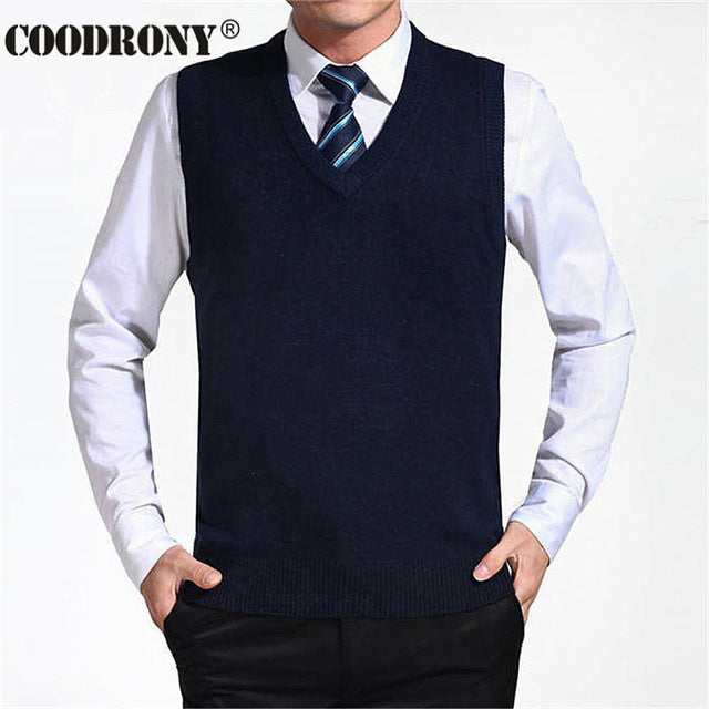 COODRONY 2017 New Arrival Solid Color Sweater Vest Men Cashmere Sweaters Wool Pullover Men Brand V-Neck Sleeveless Jersey Hombre-ivroe