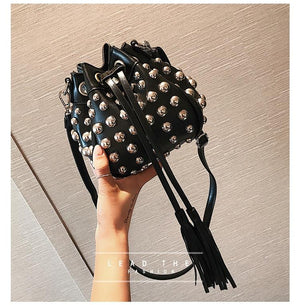 2017 New Korean fashion rivet Mini bucket bag tassel small bags Handbag Shoulder Bag Messenger Bag Red/Black/Sliver-ivroe