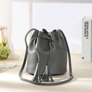 Women Bag Tassel Leather Cross Body Hasp Bags for Women 2018 Shoulder Retro Solid Color Fashion Drawstring Female Bags Borla-ivroe