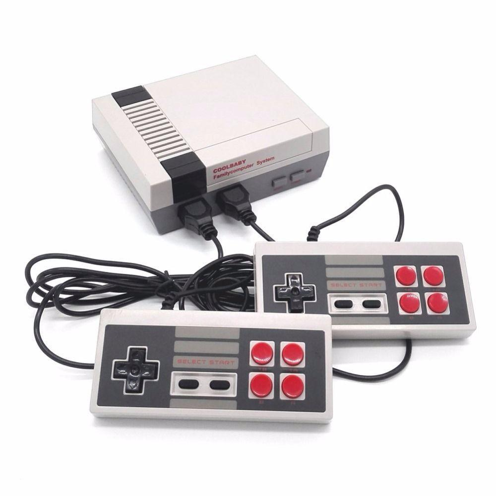 Classic Retro Game Console--Equipped With 600 Games And TWO Classic Controller