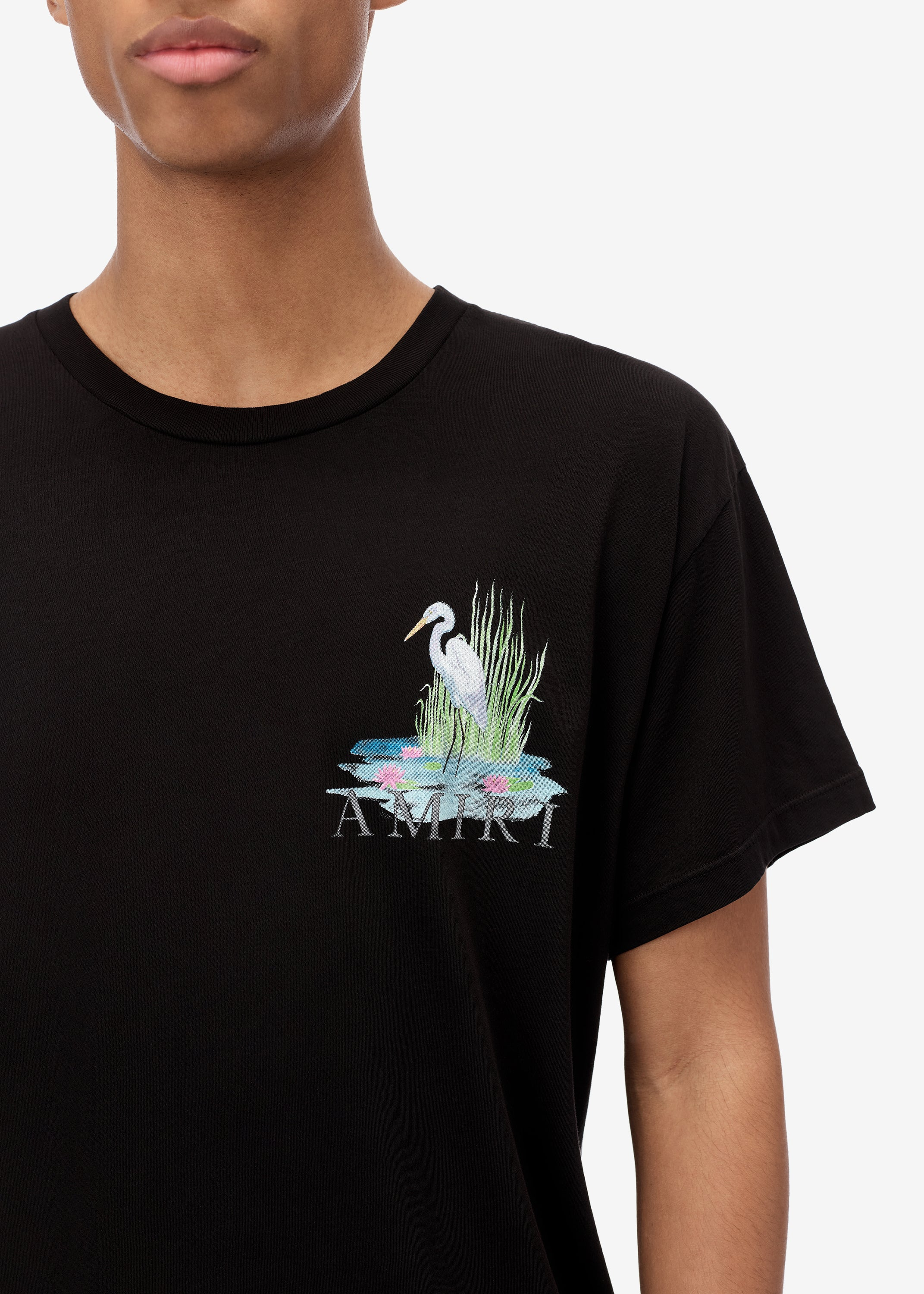 standing-egret-tee-web-exclusive-black-image-2