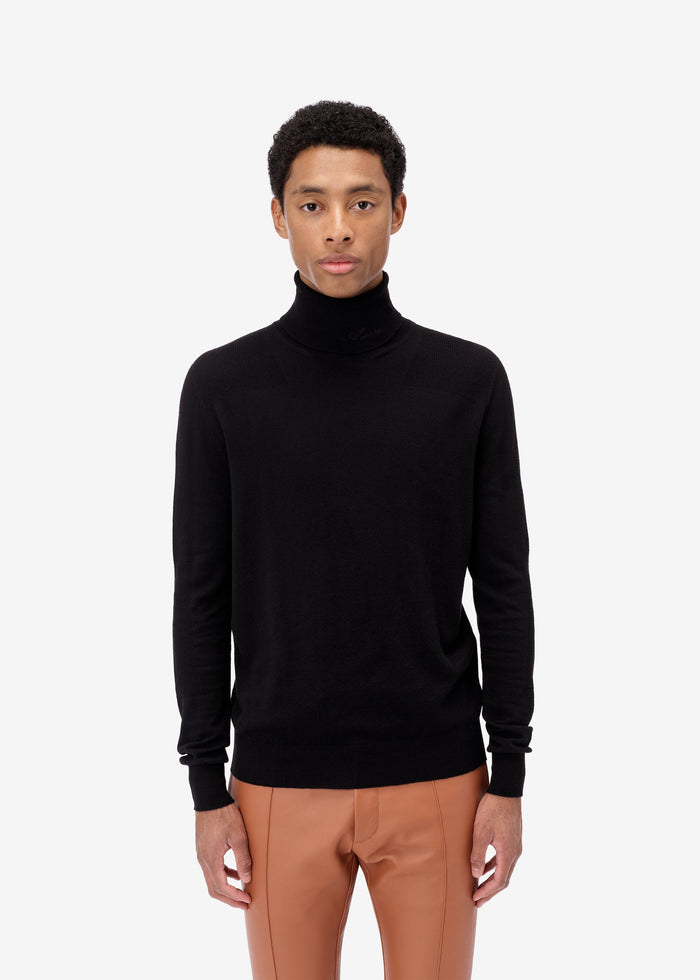 Fitted Wool Turtleneck - Black