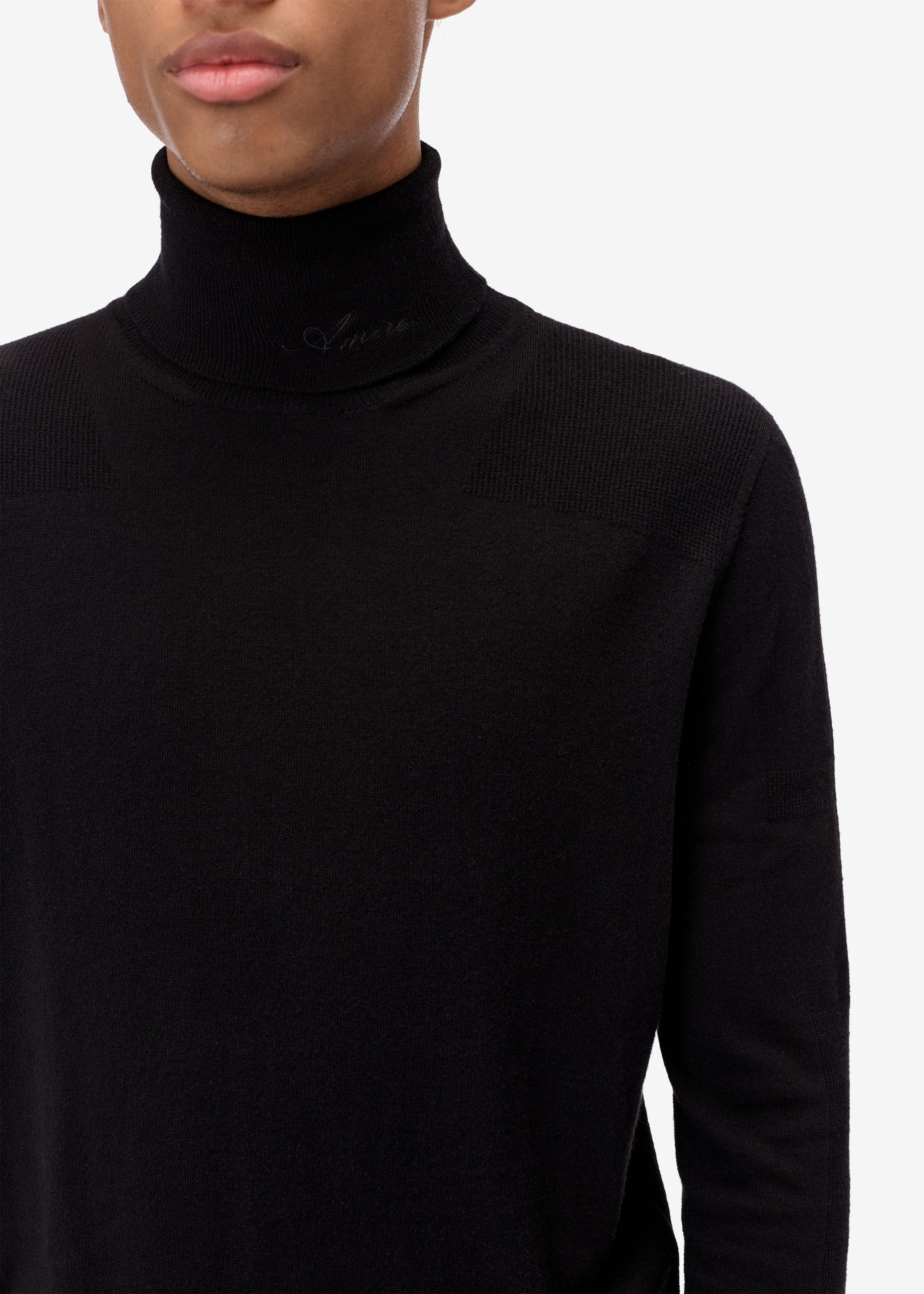 fitted-wool-turtleneck-black-image-2