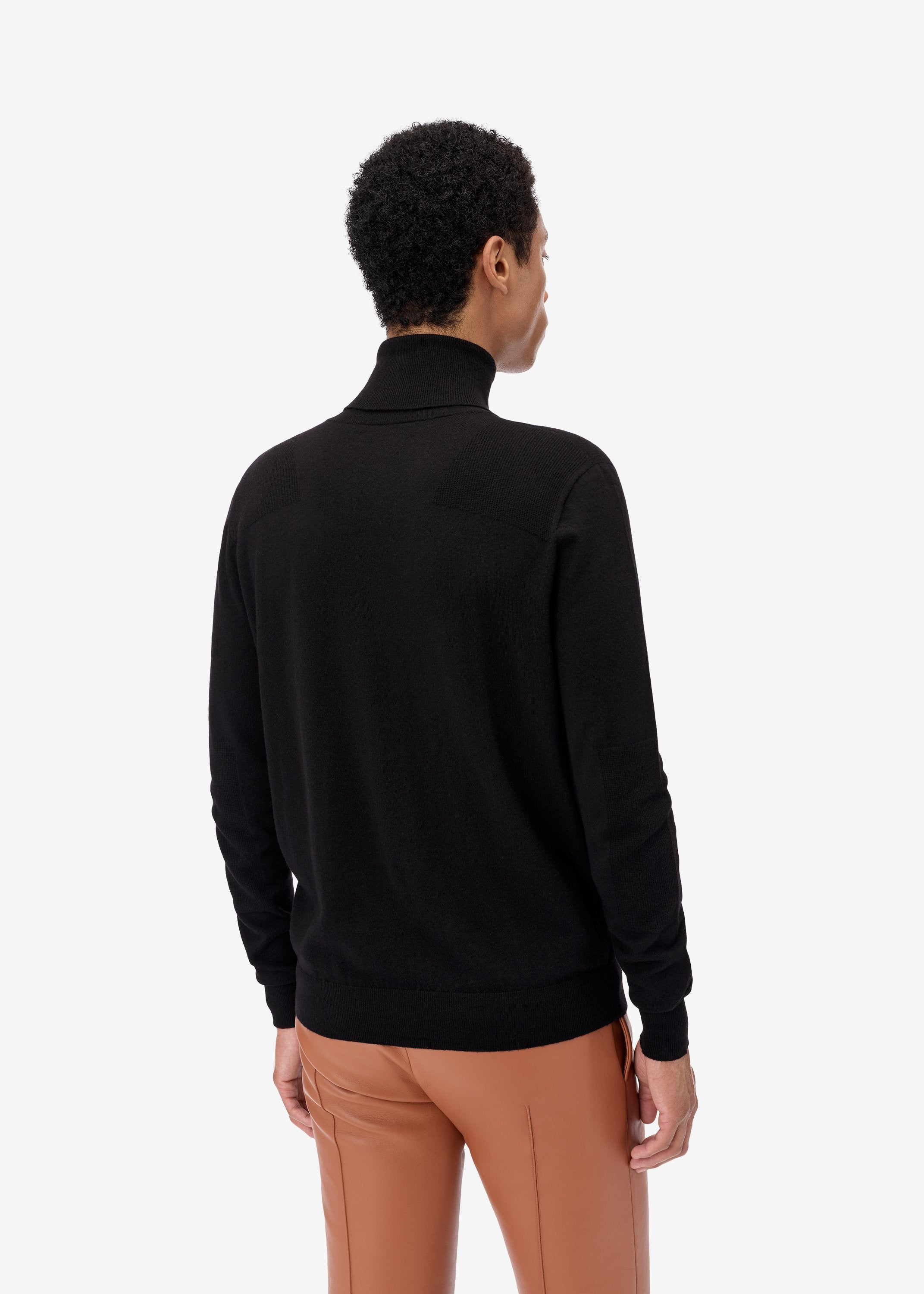 fitted-wool-turtleneck-black-image-4