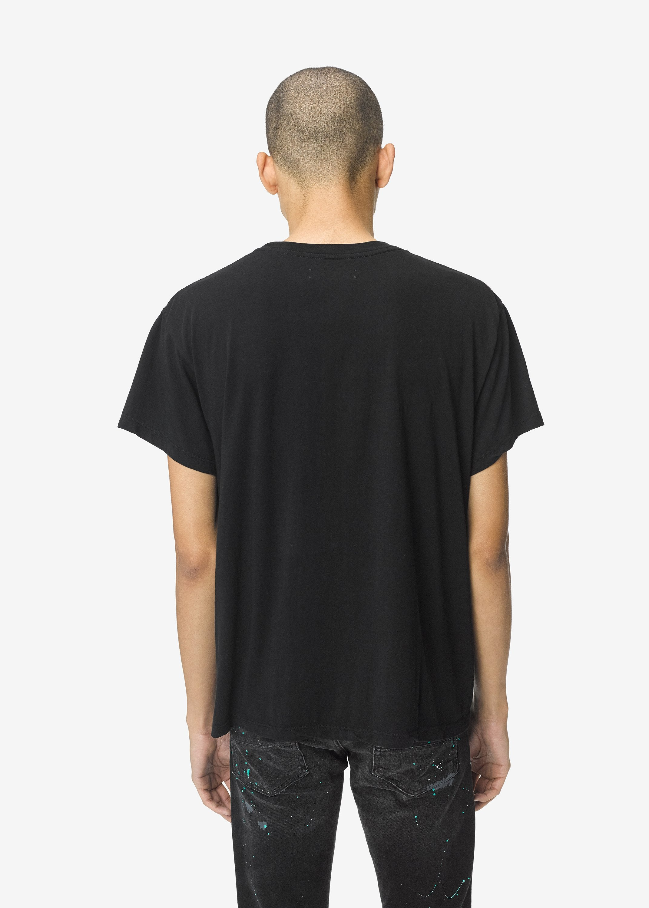 hold-your-hand-tee-black-image-4