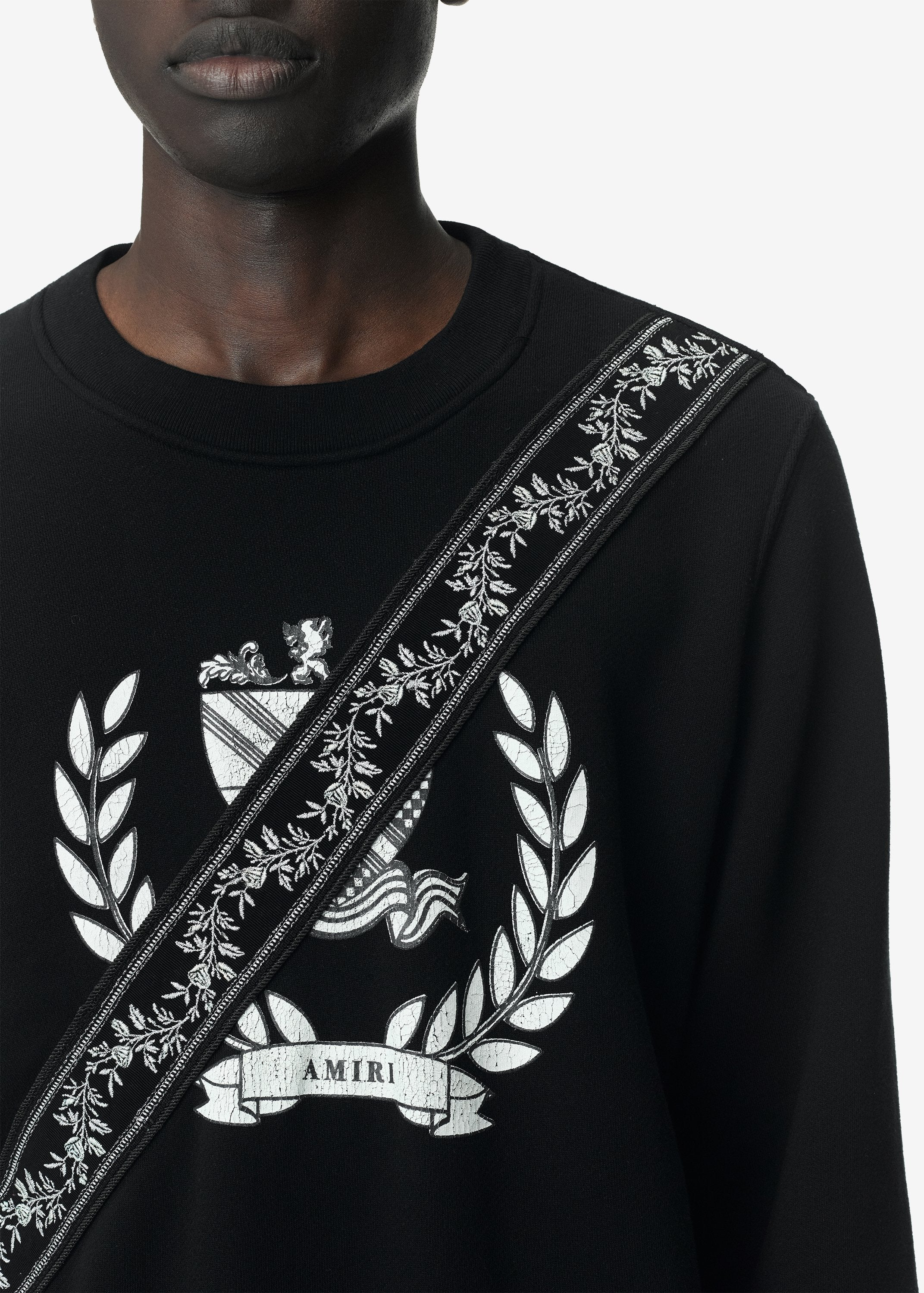 crest-guitar-strap-crewneck-web-exclusive-black-image-2