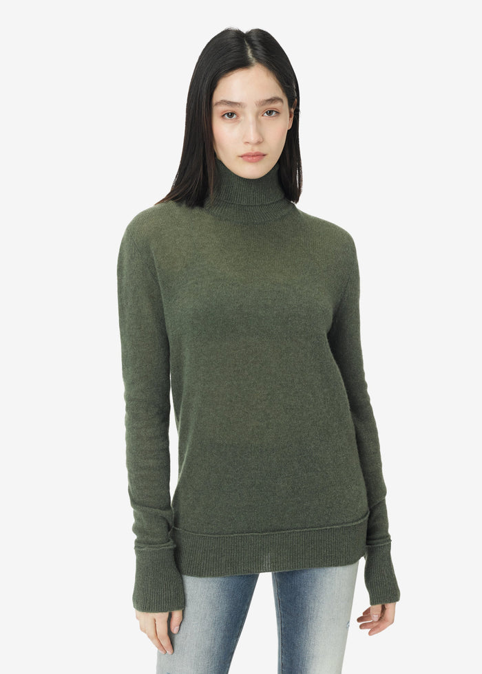 Turtleneck Knit - Military Green