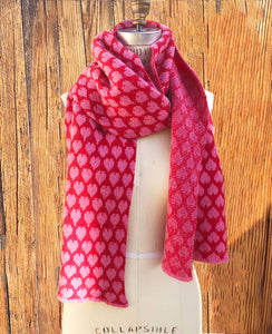 100% Cashmere Heart Scarf - Pink/Red