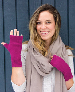100% Cashmere Fingerless Gloves - Fuchsia