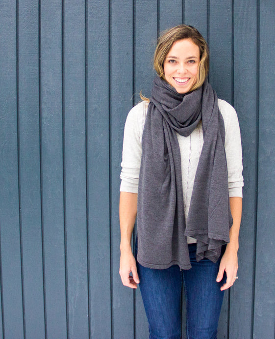 100% Machine Washable Merino Essential Wrap - Medium Heather Gray