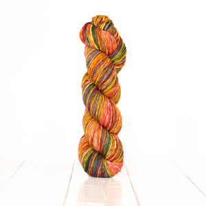 Uneek (Machine Washable Merino) Worsted - 1.1 lb Cones