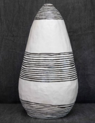 WHITE OBLONG VASE WITH VLACK RINGS