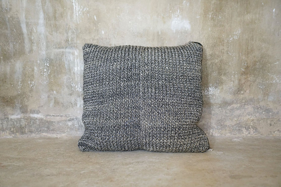 NATURAL FIQUE CUSHION SMALL