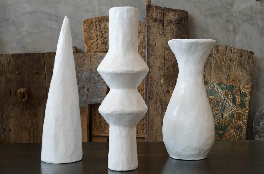 WHITE DROP SHAPE VASE