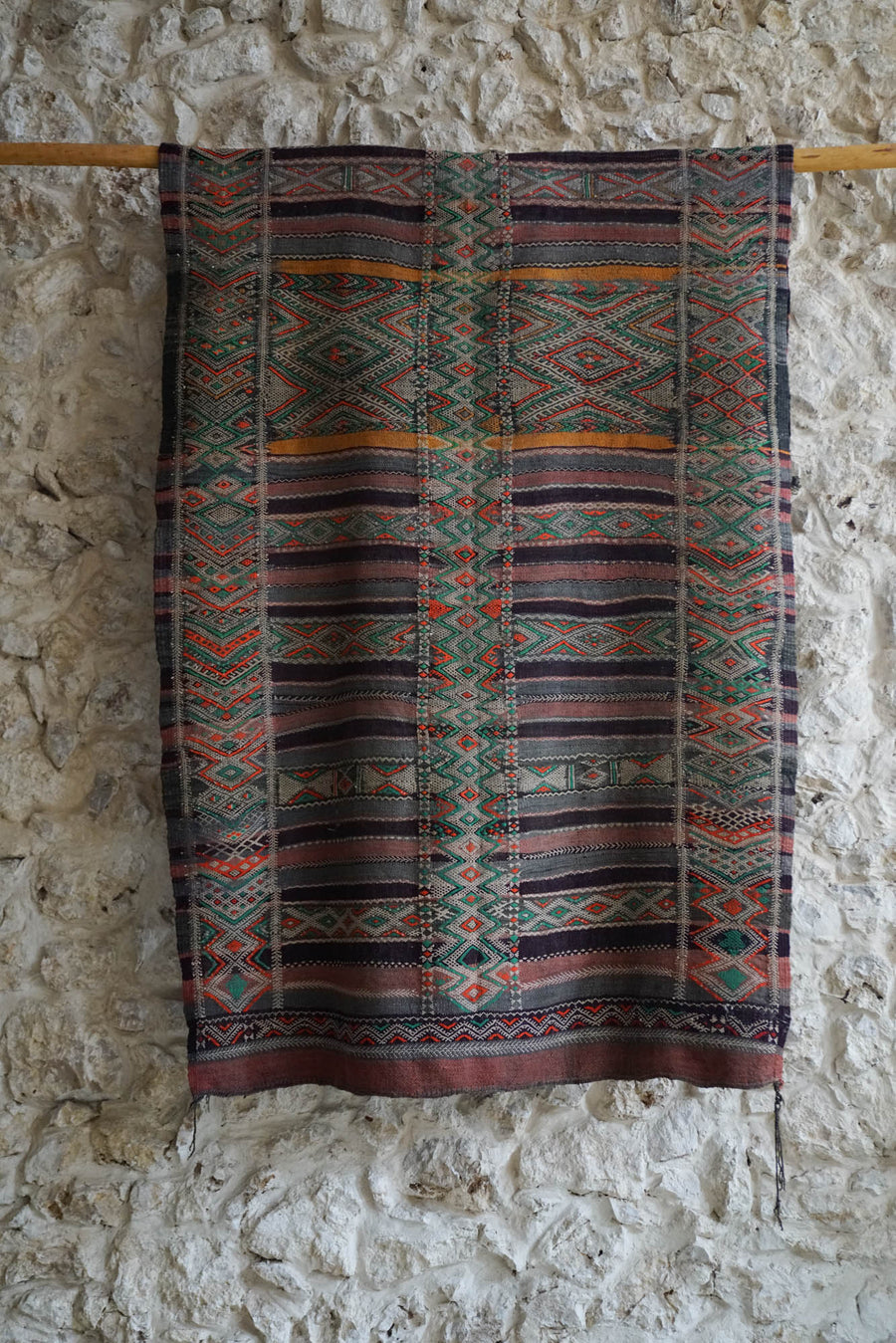 MOROCCAN ANTIQUE CARPET (2X3MTS)