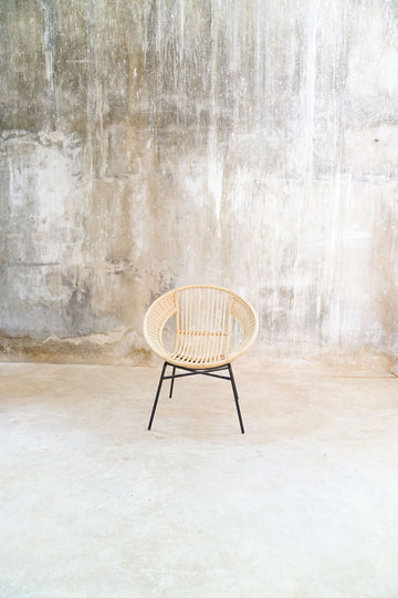 BAMBOO AND IRON ROUND CHAIR